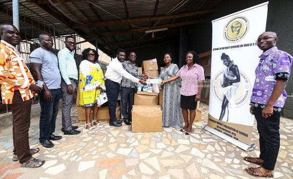"""Ghanaian Women's Association of Georgia, USA donates medical consumables to Cape Coast Teaching Hospital"""